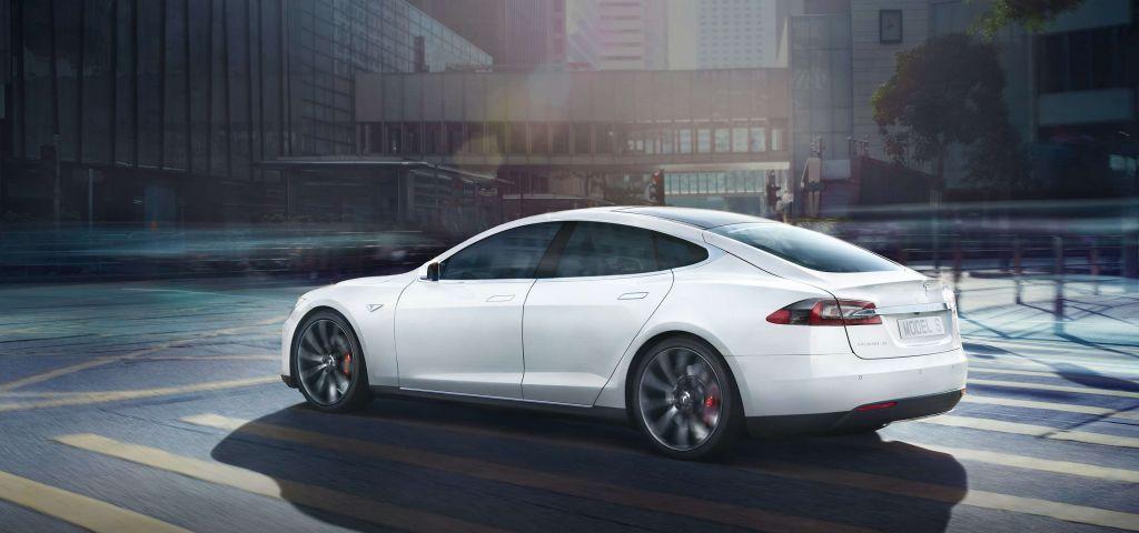 tesla-model-s-smart-car