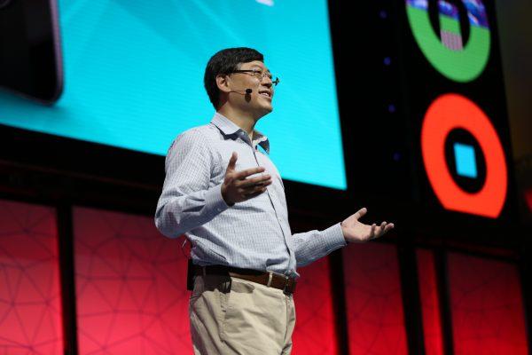 聯想集團主席兼首席執行官楊元慶為Tech-World作主題演講。