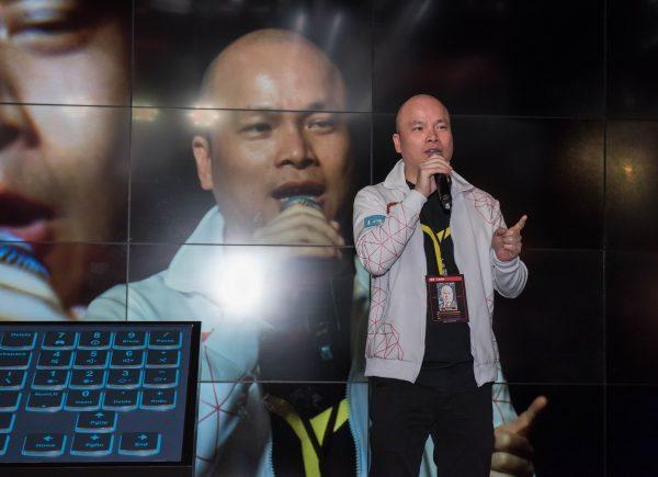Lenovo香港及澳門區總經理鍾孝揚先生於全新Lenovo Y Gaming系列產品發布會上致辭。