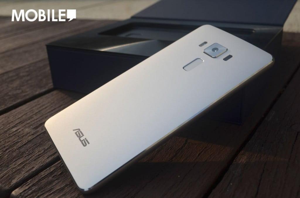 sus ZenFone 3 Deluex_01
